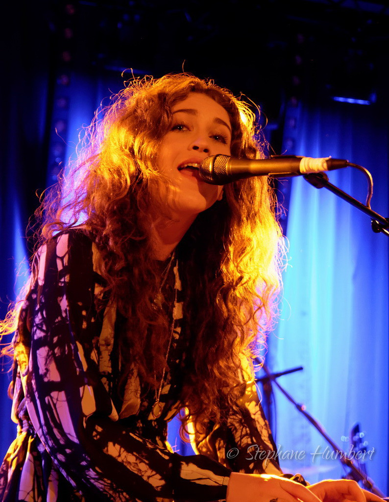 Rae Morris in Luxembourg