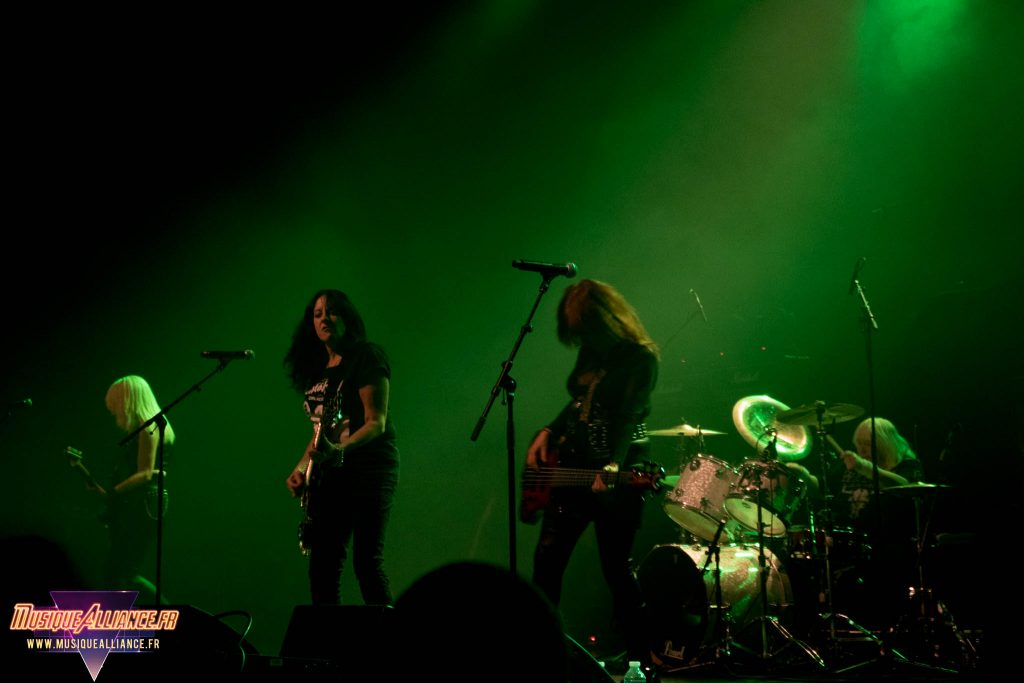 girlschool-au-transbordeur-20-decembre-2016-066